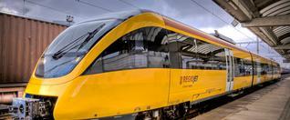 Rezort dopravy po dohode so súkromným dopravcom RegioJet zvyšuje kapacitu na trati Bratislava – Kvetoslavov a späť.