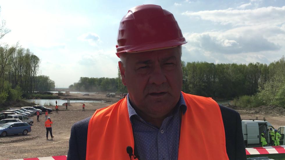 Minister Arpád Érsek informuje o kontrolnom dni na D4R7