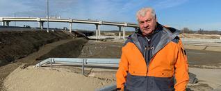 Minister dopravy avýstavby SR Arpád Érsek skontroloval priebeh stavebných prác na stavbe D4R7.