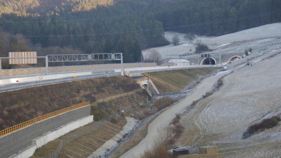 Pri Žiline sme otvorili nový úsek diaľnice z Bratislavy do Košíc