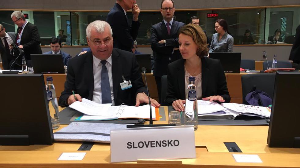 Minister dopravy úspešne bojoval za práva slovenských dopravcov aj vodičov