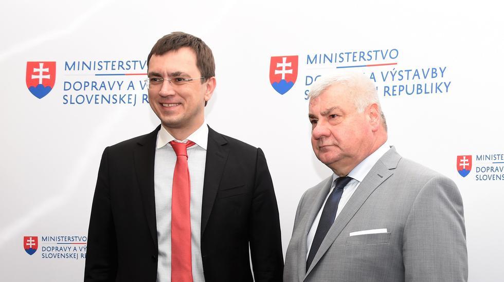 Minister dopravy Arpád Érsek a jeho ukrajinský kolega rokovali o rozvoji leteckej a železničnej dopravy medzi krajinami