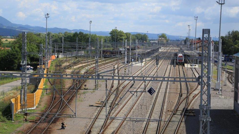 V Pezinku vybudujú parkovisko pre cestujúcich vlakom