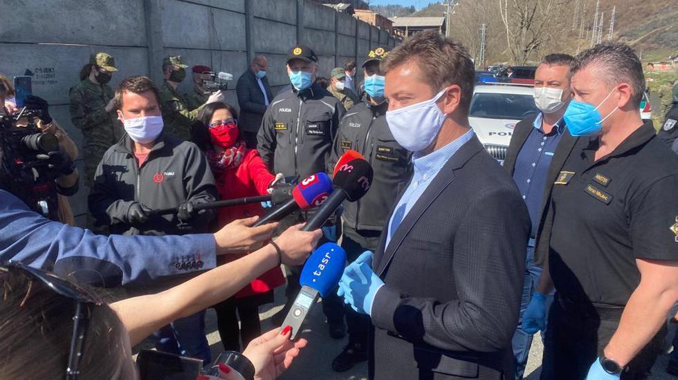 Minister dopravy Andrej Doležal podporil poštových doručovateľov v Krompachoch