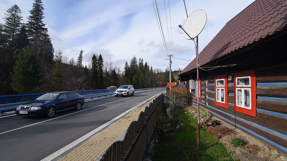 Obnovená cesta v Ždiari bude slúžiť obyvateľom aj turistom