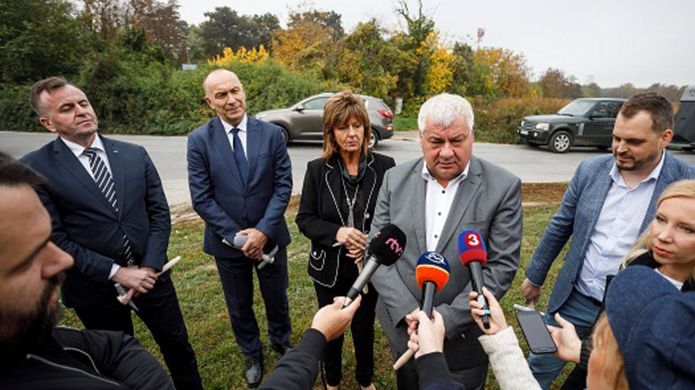 V Ivanke pri Dunaji bude nové parkovisko pri vlakovej stanici