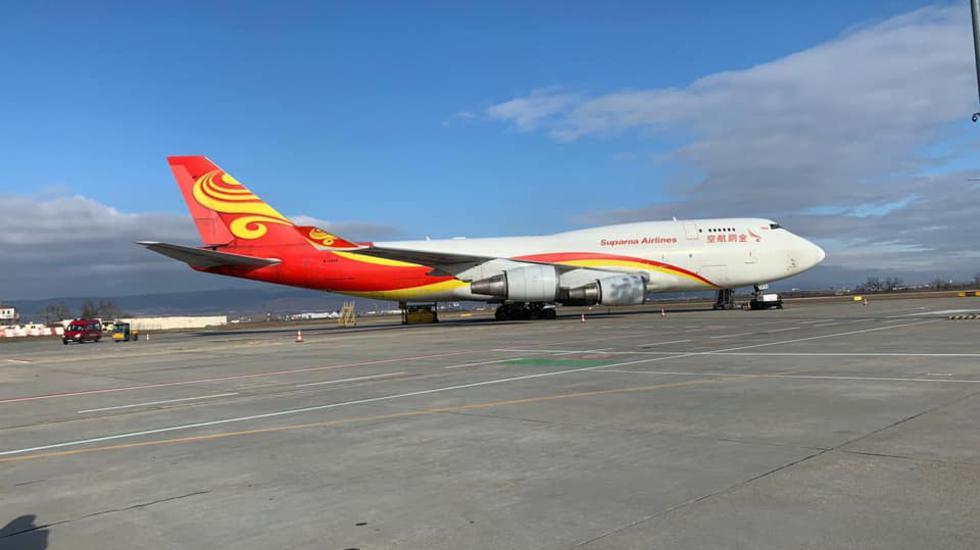Preventívne opatrenia pre čínske lietadlo v Bratislave prebiehajú bez problémov